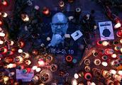 波兰遇刺身亡市长葬礼举行,数以万计民众前来告别