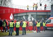 奥迪匈牙利工厂罢工抗议 要求加薪提高待遇