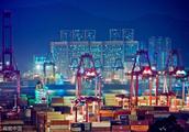 曾经的世界第一港,如今吞吐量不及上海一半