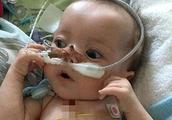 奇迹!9个月大的男婴一天内心脏病发作25次仍存活
