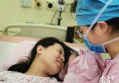 """零时零分,首个""""金猪宝宝""""踩点出生!医院跨年忙碌迎接新生命"""