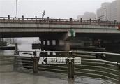 绍兴一男子直播跳河意外身亡 拍摄者称可能撞到了石头