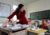 教育部重磅新政!涉及老师编制、职称、收入……