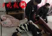 """最大的17岁,最小的13岁!南京4名""""00后""""持刀抢劫,当天被警察抓获"""