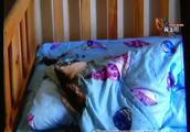 知名品牌空调突然冒出火星!点燃了床上的棉被,当时孩子正睡得香……