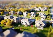 """英国 34 万房屋无人居住,学者呼吁征收""""空置税""""以解决住房危机"""