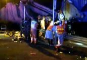 广州乐广高速发生连环追尾,情况惨烈!载5人面包车上两死三伤
