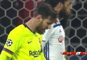 欧冠-苏亚雷斯失良机小狮子救险 巴萨0-0客平里昂