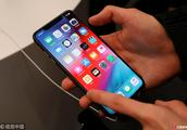 实力坑哥!中学生用哥哥手机聊天,听信免费领苹果手机被骗两万多