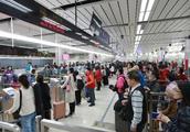 6名诈骗犯罪嫌疑人组团出境,在深圳口岸被一锅端
