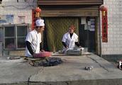 """轮台县:观念""""以旧换新"""",让村民的腰包鼓起来"""