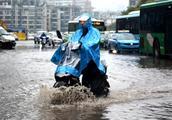 暴雨+狂风+雷电+冰雹!强对流天气袭击江西:3人死亡 8.1万人受灾