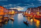 威尼斯的美景全被勾勒在了Paloma's Venezia之中