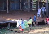 缅甸南北掸邦爆发军事冲突,七百多村民无家可归
