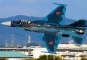继印度爆摔军机后,日本空自疑似接盘,一架F2双座战机训练时失联