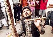 印度神秘的通天绳,魔术揭秘后,原理其实很简单!