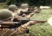日本是因为资源少而不用冲锋枪的吗?主要是与这一作战理念相关