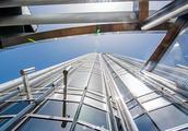 迪拜世界第一高楼,高度接近东方明珠两倍,名字却是邻国的!