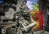 巴厘岛独特的图腾文化,有的让人心惊肉跳,有的让人面红耳赤