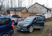 春节过后人去村空,皖北农村破败不堪,村民称房子越破混得越好