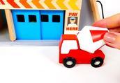 趣味小玩具:小汽车停放木制立体车库