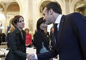 艾玛·沃特森会见法国总统、第一夫人,气场毫不逊色!
