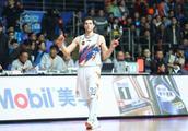 CBA季后赛争夺越演越烈 弗雷戴特复出上海男篮不能再输了!