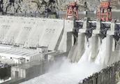 中国引水工程,建1000公里隧道,预计每年引150亿吨水至新疆!