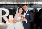 TVB视帝陈展鹏,宣布小13岁妻子怀孕,大方承认奉子成婚