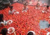江西妹纸1分钟吞20个辣椒火了!网友:重庆的小伙伴去哪里了