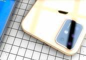 """外媒曝光iPhone最新命名,疑似""""F""""型摄像头设计"""