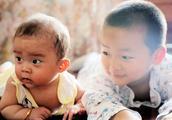 """二胎年龄差大于这个数,宝妈多""""偏心""""大宝,家庭更容易幸福"""