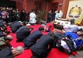 日本贵族组团来中国认祖归宗,国人大呼无耻,究竟原因何在?