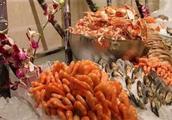 中国游客到美国吃海鲜,遭老外嘲笑素质差!对此大家怎么看呢