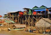 游玩攻略:游客只知道吳哥窟,卻不知道這條原始古老的水上漁村