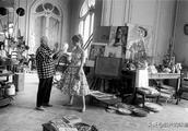 在画室里创作的毕加索,拍摄于上世纪四十年代到六十年代