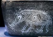 """考古出土的早期十二生肖中,""""亥""""已与猪配对,文字学解释不一样"""