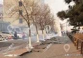 突发!沈阳市皇姑地下管线发生爆裂!井盖飞到马路对面!没有伤亡
