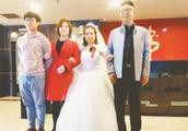新娘婚礼现场崩溃大哭 从3个多月到26岁 姐夫:你就是我的女儿!