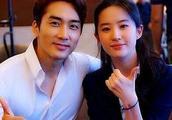 时隔15年,刘亦菲坦言爱的人还是他,网友:可惜人家已娶妻生子了