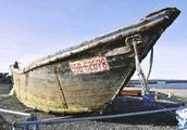 """日本海岸再现大量""""幽灵船""""仅11月就漂来33艘"""