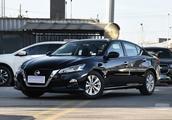 堪称半个豪车!2.0T时速200-240公里售21万多,有资格竞争奥迪A4L
