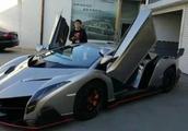 外媒体称:中国部分汽车制造厂商仍然在公开仿造著名超级跑车