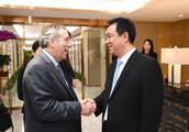 哈佛校长一行访问恒大香港总部 许家印率主要高管会谈交流