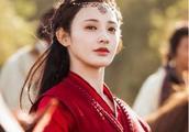 《东宫》女主完美驾驭异域妆和宫廷妆!29岁的她曾是主持人!