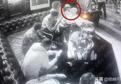 狂欢派对阿森纳球员组团吸笑气 厄齐尔翻白眼拉卡泽特昏倒