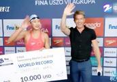 为了减肥而学游泳竟游成了世界冠军,中国小姑娘王简嘉禾牛逼!
