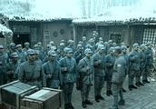李云龙正集结部队,不料老赵向打了他的小报告,师长电话都打来了