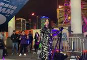梅艳芳经典《夕阳之歌》多年后听到街头歌手的演唱,让人无限感慨