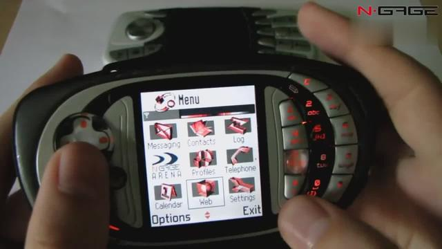 诺基亚 N-Gage vs. N-Gage QD